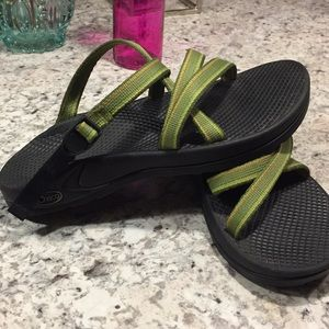 green chacos